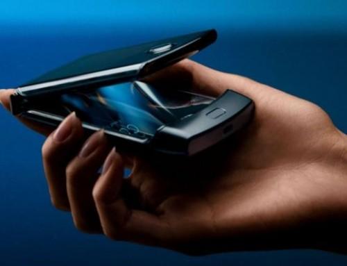 Motorola Razr flip phone revived with foldable screen