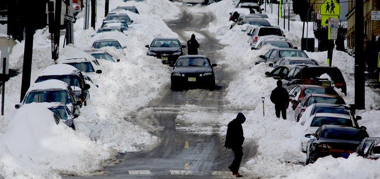 Digital snow days gain steam as schools seek to melt learning loss