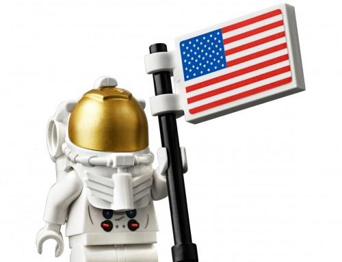 LEGO celebrates Apollo 11 with a lovely, bricky Lunar Lander